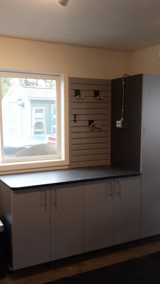 Exceptionnel Garage Cabinets, Workbench And Slatwall (Bellingham, WA)